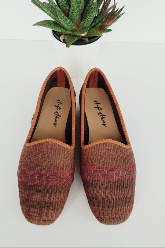 Women Kilim Shoes Hand-made and vintage