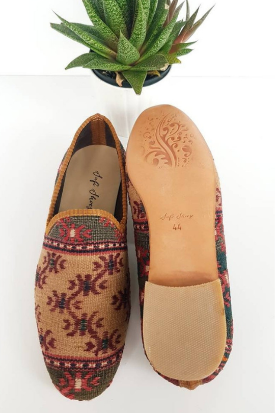 Men Handmade vintage Kilim Shoes