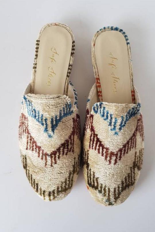 handmade_Slipper_Shoes